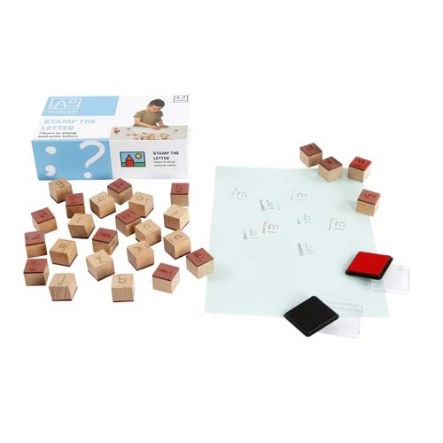 Wooden letter stamps: Stamp the letter