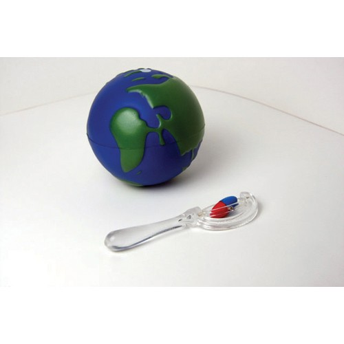 Montessori Magnetic Globe and Field Finder