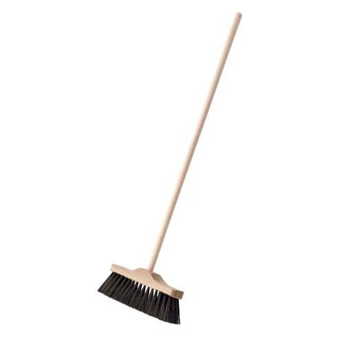Nienhuis Indoor Broom: 49cm with natural soft brown bristles (NL)